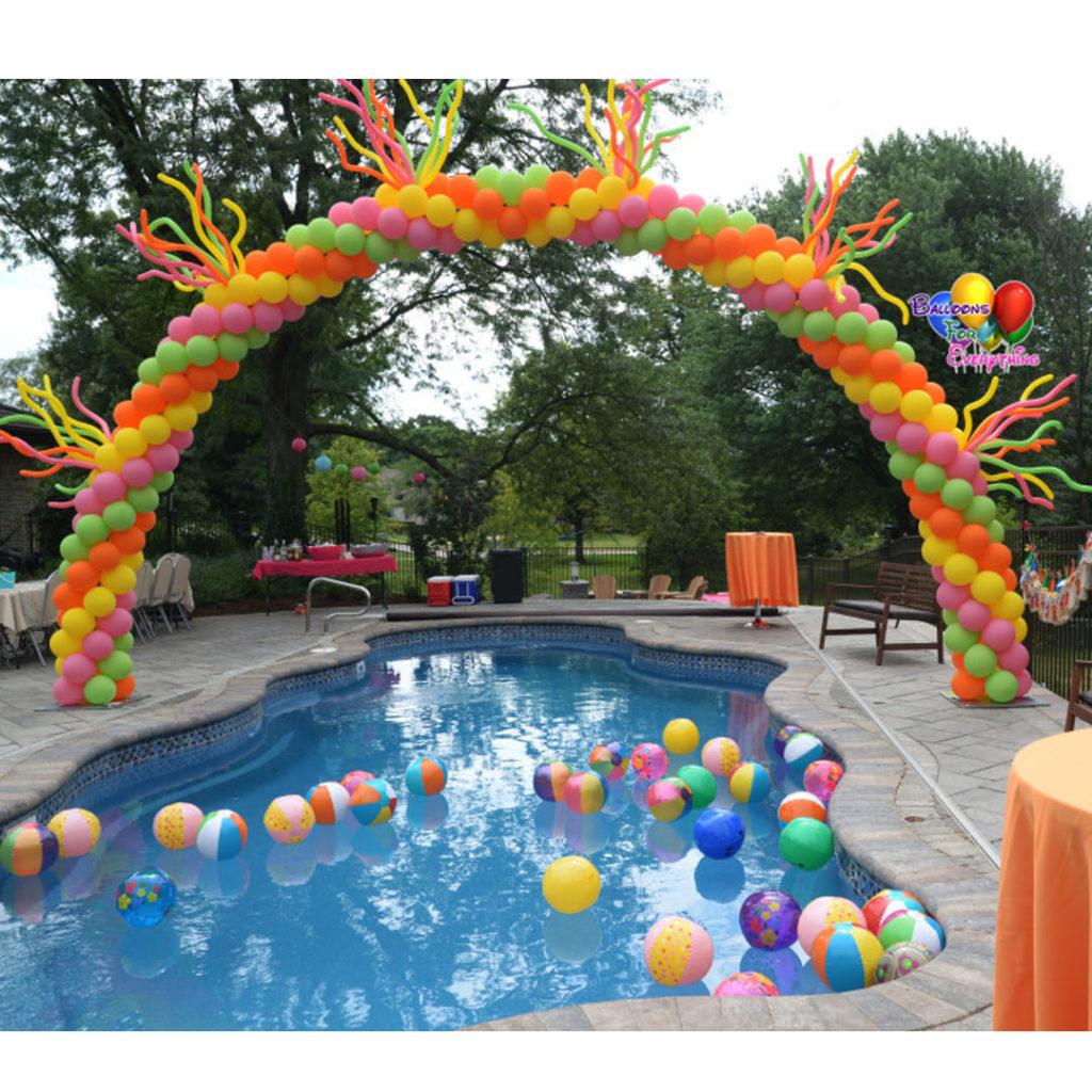 Swimming Pool Balloon Decor