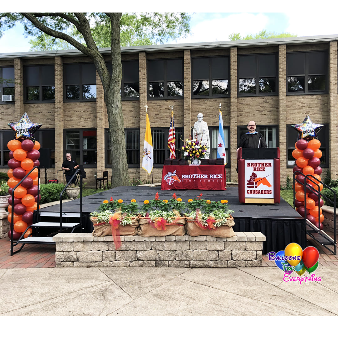 HS Graduation Balloon Decor