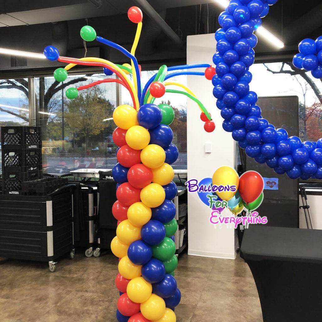 Wiggle Balloon Column