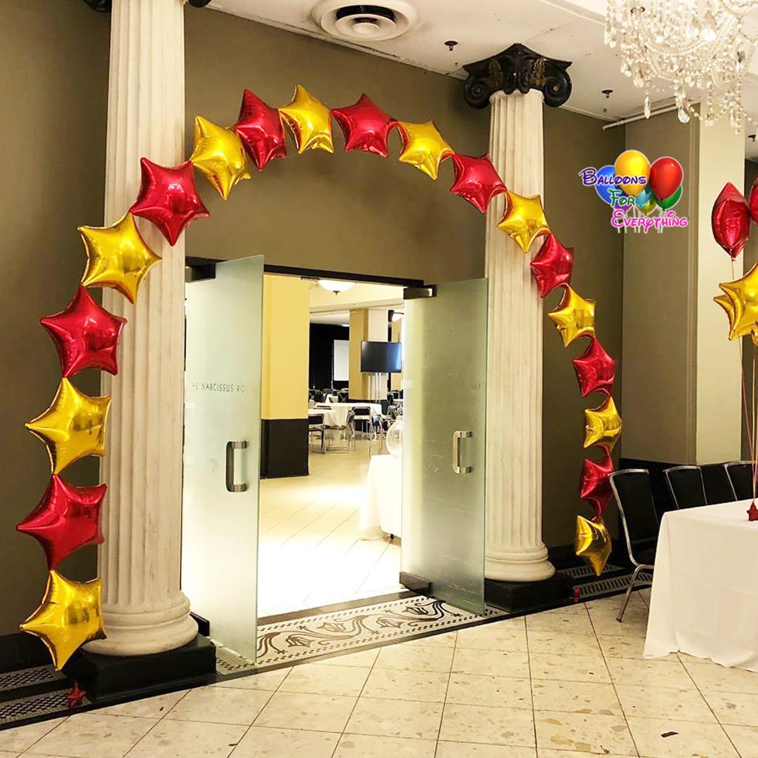 Macy Star Foil Balloon Arch